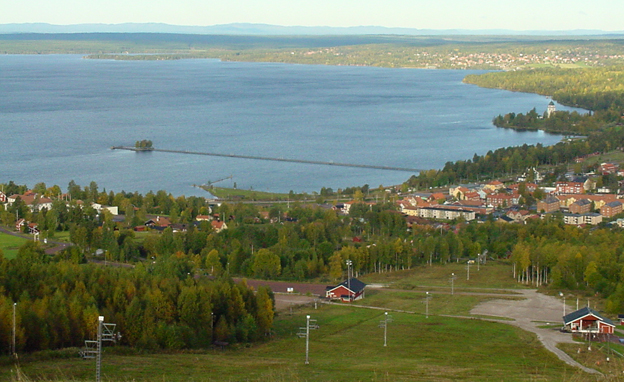 Photo taken from the ski slope on Rättvik and Rättviken when the snow has melted.