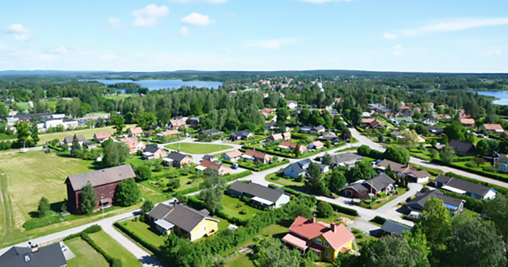 Aerial photo of residential areas in Ockelbo on a summer day.
