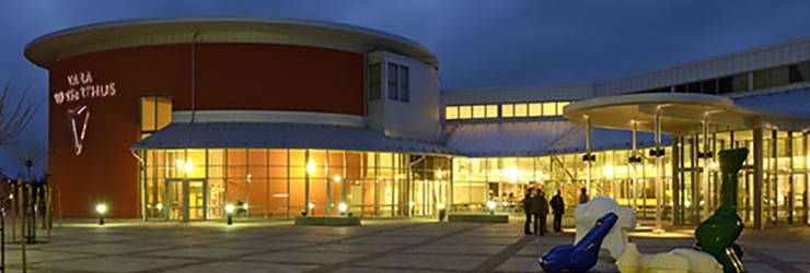 Nighttime view of Vara Concert Hall.